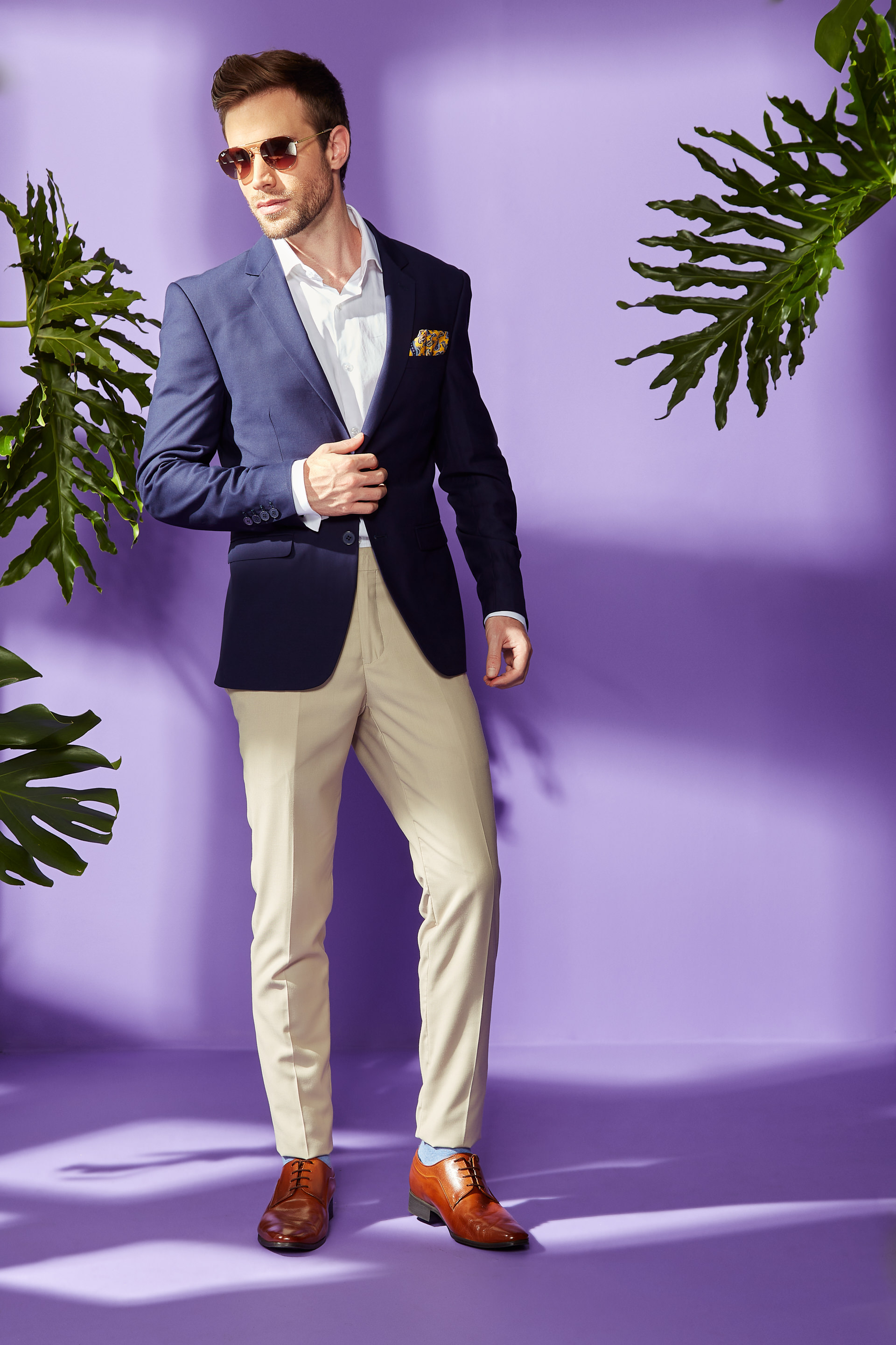 Get The Look Suit Separates Ecru Pants And Navy Jacket
